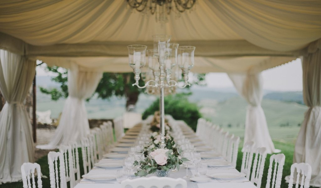 Elegant wedding in Tuscany