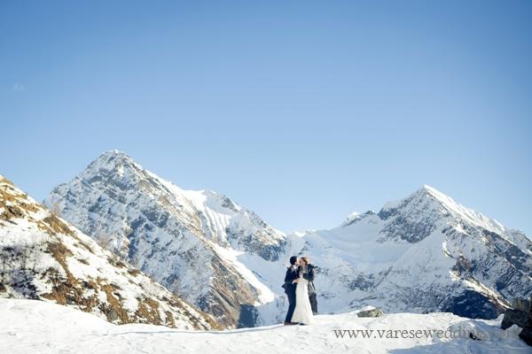 A snow wedding on the Italian Alps