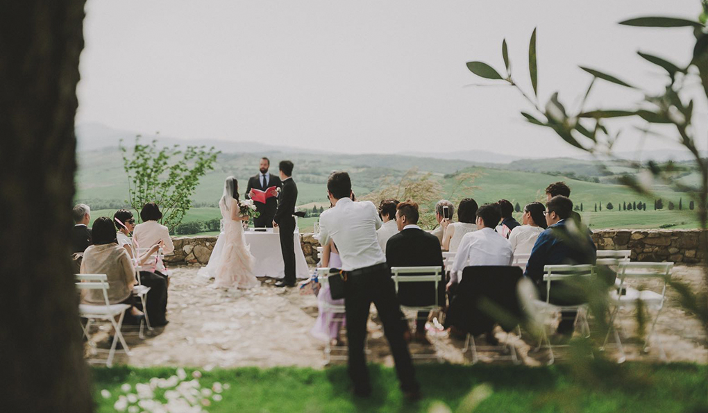 VAL D ORCIA WEDDING CEREMONY
