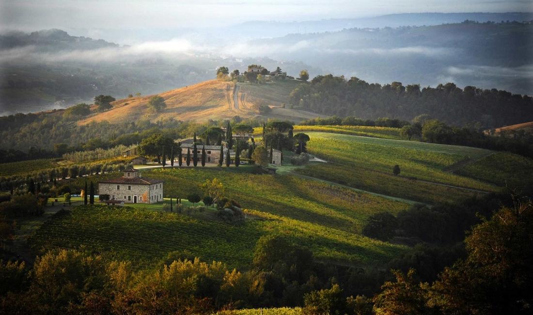 COUNTRY VILLA WEDDING IN ITALY