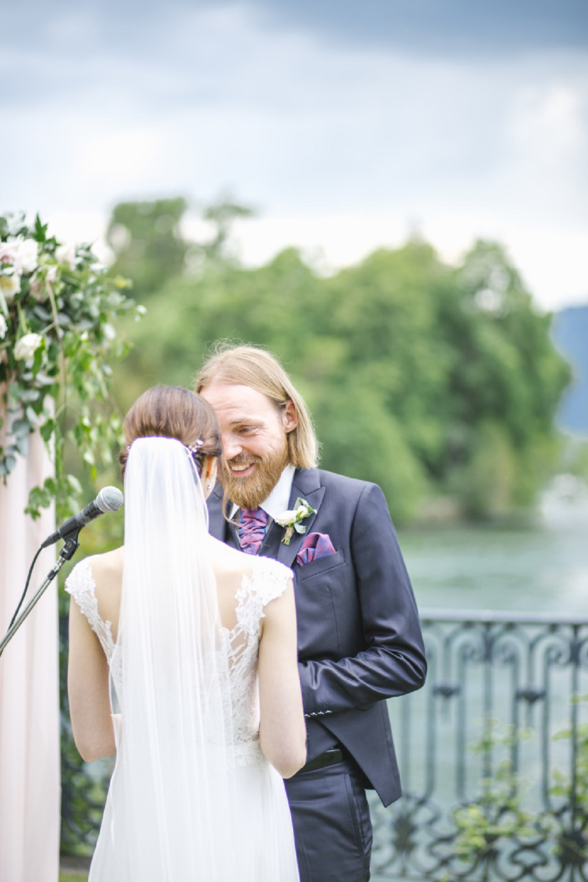outdoor_wedding_ceremony_lakes_italy