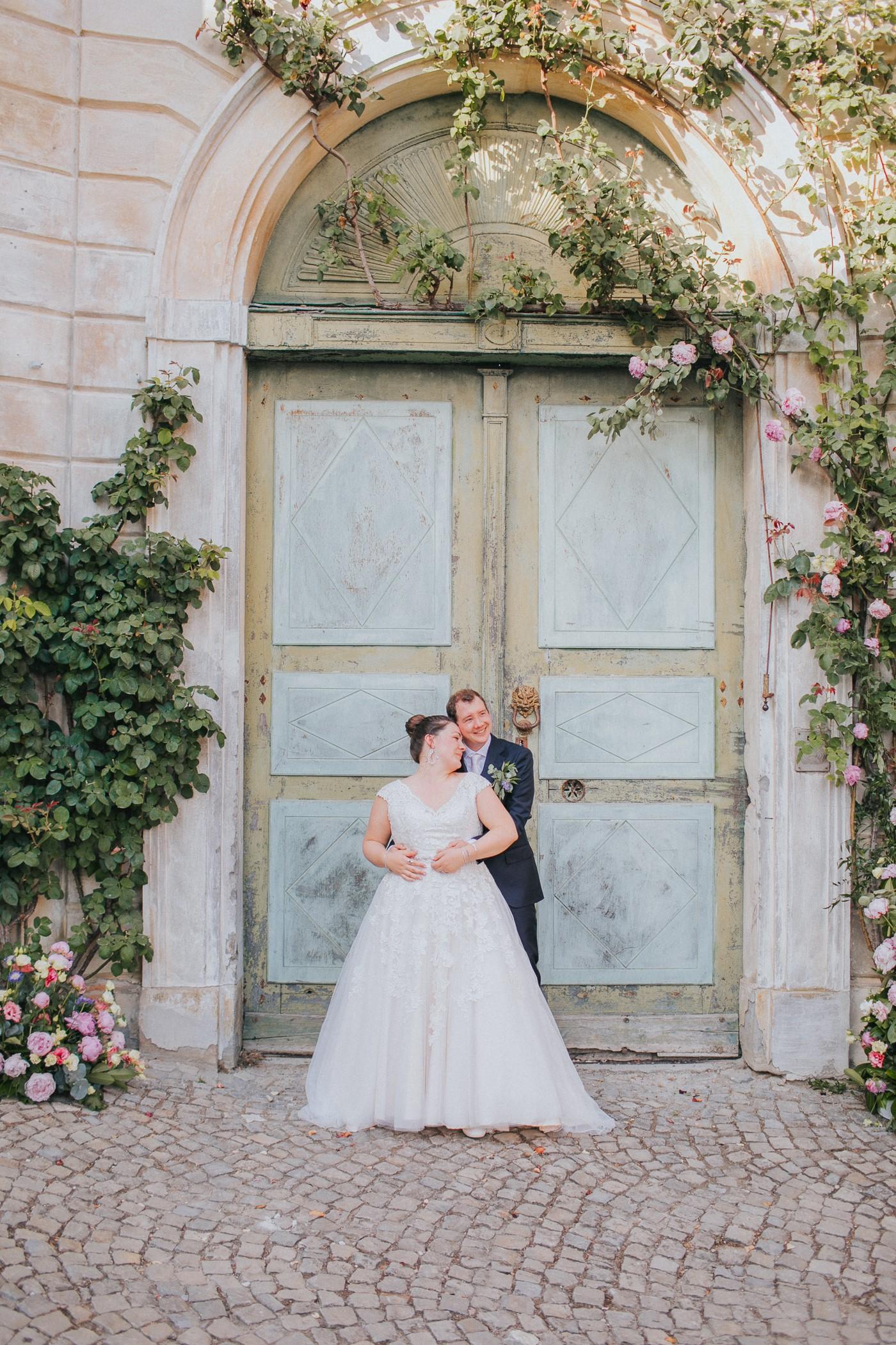Contact Varese Wedding