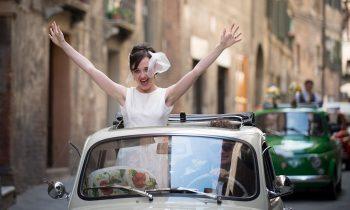 VINTAGE CARS TUSCANY WEDDING